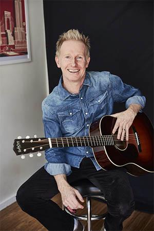 paul-greig-guitar-player